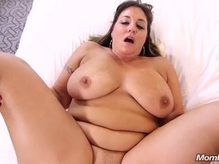 Violet big donk housewife with good-sized udders