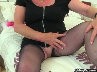 Brit gilf Zadi smashes her older fanny with a dark-hued fake penis