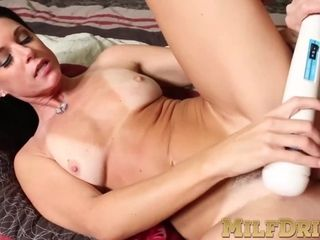 Mature with high heels penetrated deeply with huge dick