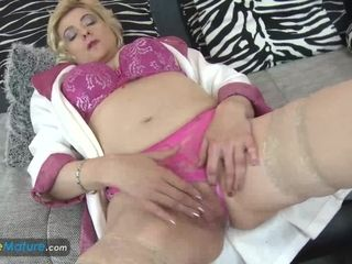 """""""EuropeMaturE aged blond woman draining her Cunt"""""""