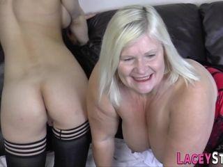 Grandmother eats platinum-blonde cocksluts snatch
