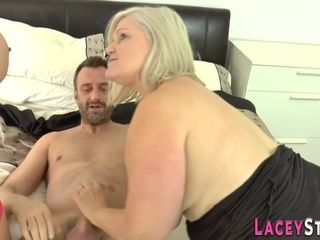 Grandmother rails manstick and face in 3some