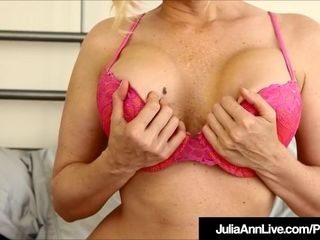 Magnificent pretty good Milf Julia Ann Wants You encircling bunting retire from encircling the brush
