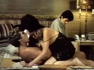 Hot vintage porn movie with hot babes