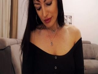 Seductive Matured dark-haired Performed pleasuring flash Live