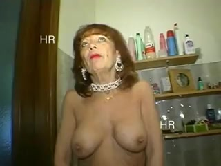 Cougar Italian enticed By 2 youthfull lady folks And Shagged