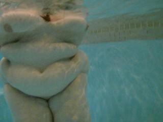 Mrs underwater 003 4k