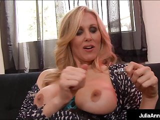 Finger Banging Busty Milf Julia Ann Pinches Her Nips & Cums!