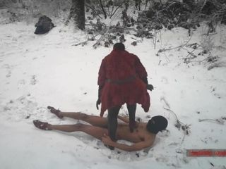 'Mistress Luna - Boot Domination In The Freezing Snow (Ballbusting & CBT Trampling)'
