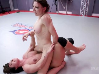 Lesbian Sex Wrestling As Agatha Delicious Sits On Brandi Mae Face Then Scissors Her