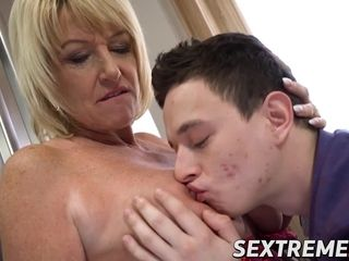 Big-chested grannie boinked and creamed by much junior paramour
