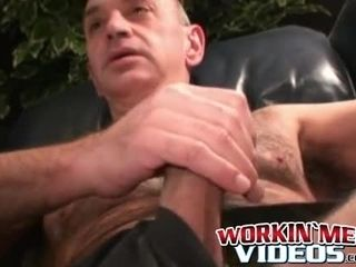 Phat beef whistle onanism making unshaved guy jizz flow
