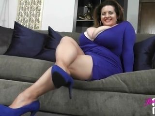 Plump mother tights Fetish