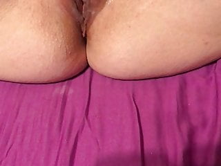 Swedish wife smailis playing wet pussy 1