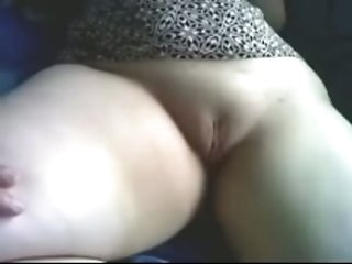 Mature chunky bootylicious amateur Arab housewife is fingered