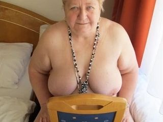 OmaGeiL big age-old Grandma Pictures Compilation