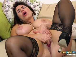 EuropeMature Horny Josephine and her vibrating toy