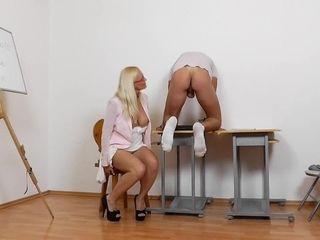 Mature Teacher Lili fetish handjob