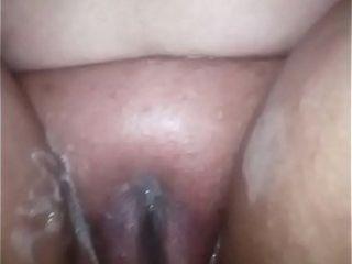 Beamy hot jocular mater shavingher pussy