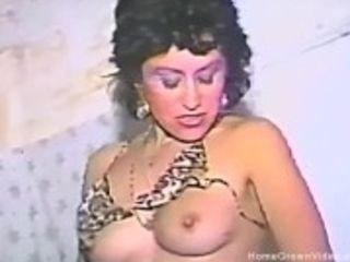 """""""One hot Momma fucks her hairy muff"""""""