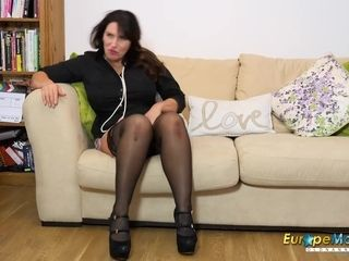 EuropeMaturE Solo Mature female and Her dreams