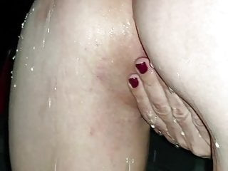 Piss in her crevices
