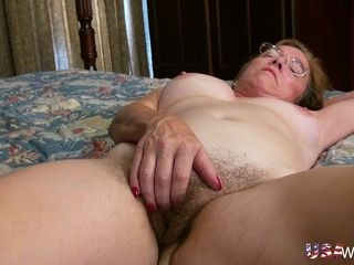 Inexperienced 59 years senior mature mega-bitch is always blessed to fap herself