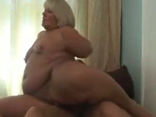 I enjoy this granny's giant fat cellulite culo and she is fine at being on top