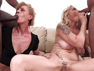 Two blonde Grannies in IR DP orgy