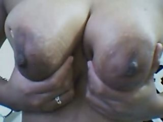 Big and beautiful pair of tits from Filipina mature lady
