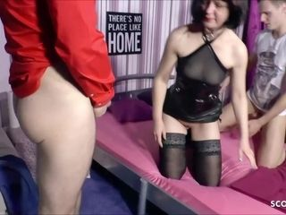 Amateur FFM Threesome Sex with German Mature and Two Guys