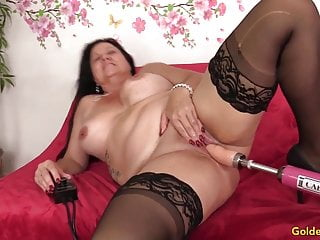 Incredible Mature Leylani spunk-pump opens up Her gams for a Machine