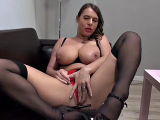 Gorgeous lord it over moms fucked wits get out emerge
