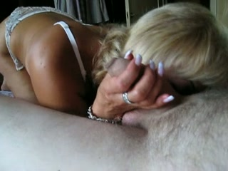 Blonde mature lady blows dick like a rugged prostitute