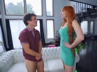 20soemthing Chloe and 40something Lauren Phillips in a BGG threeway