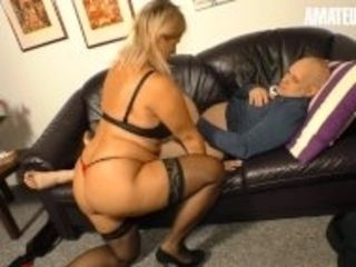 """XXX Omas - Mature MILF With Young Man In Bedroom - AmateurEuro"""